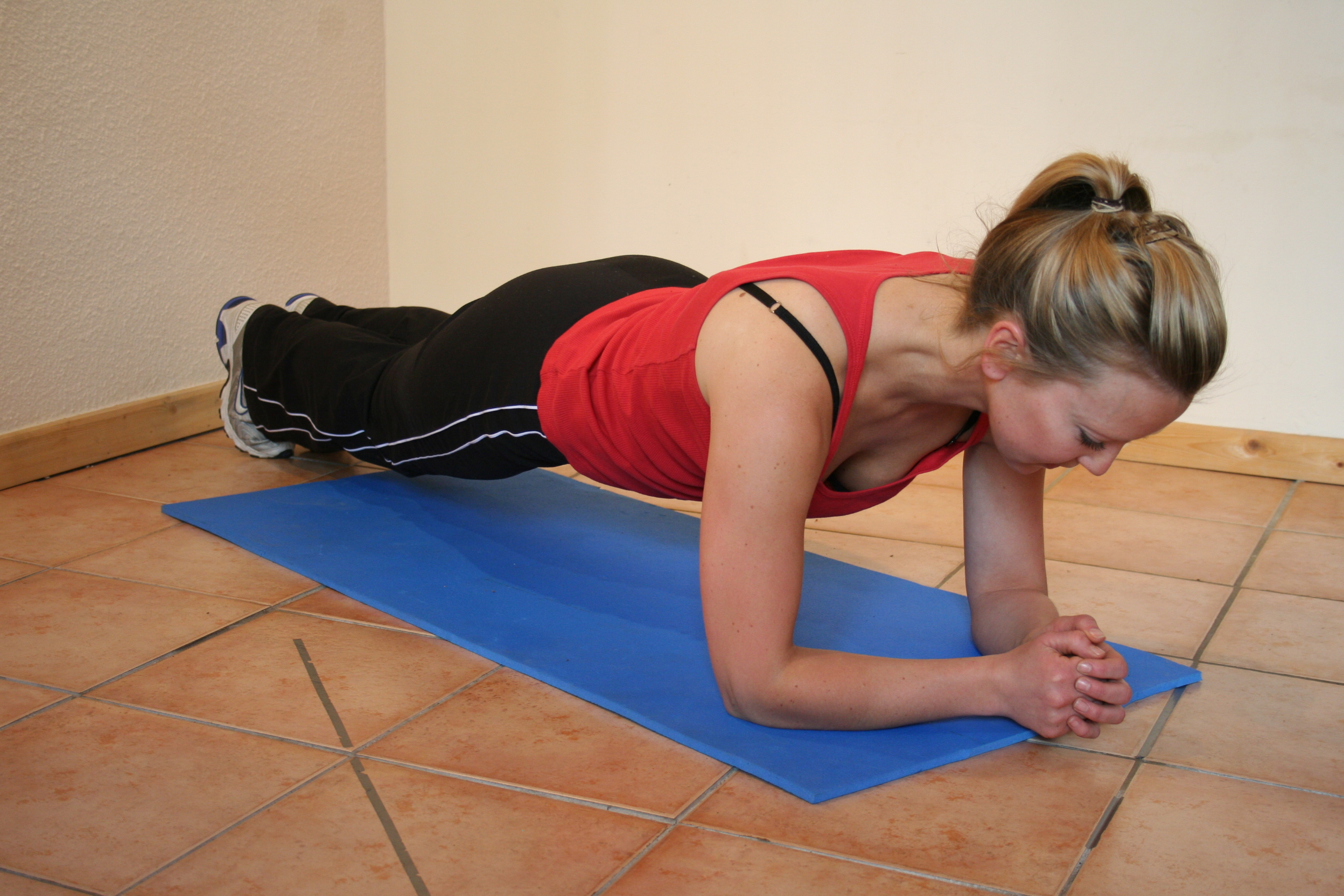 Core stability training with pilates exercises for skiers.