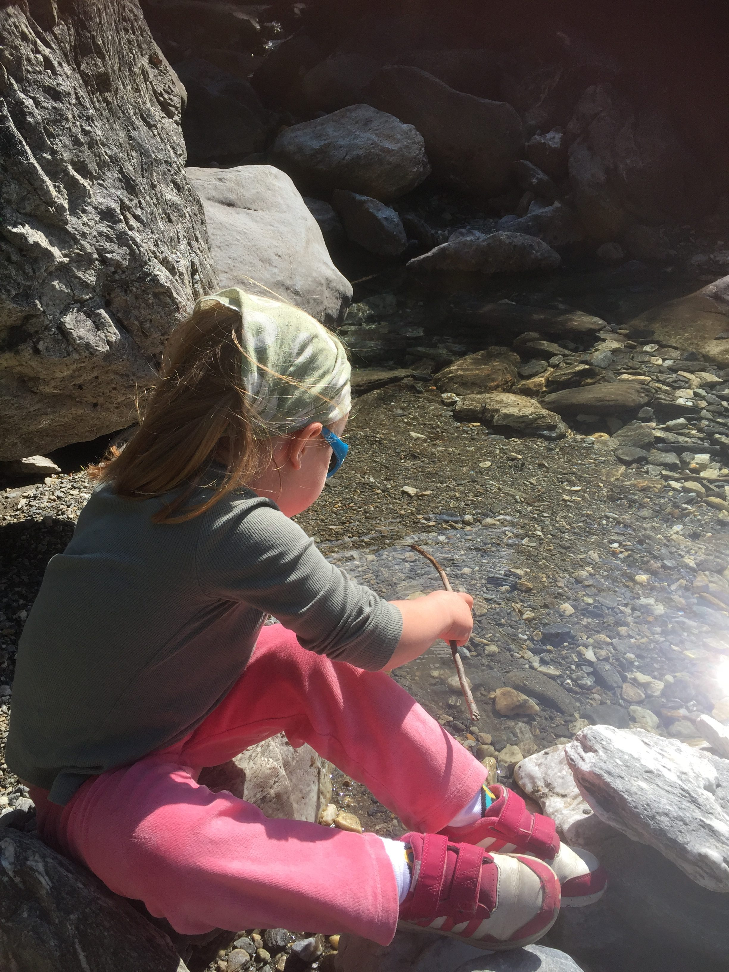 Activities to do with children on a hike